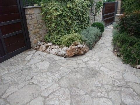 Pavimentos de piedras naturales for Pavimento piedra natural