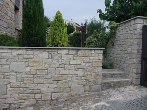 Piedra para fachadas exterior simple lajas de piedra for Tipos de piedras para paredes exteriores